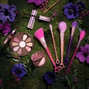 NWT Tarte Pretty Things Fairy Dust Brush Set
